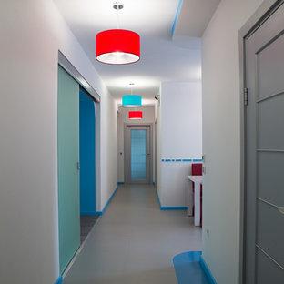 Couloir Avec Un Sol En Carrelage De Porcelaine Ekaterinbourg