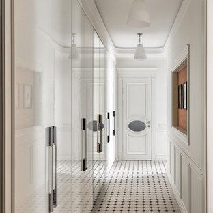 Создайте стильный интерьер: коридор в стиле современная классика с белыми стенами - последний тренд