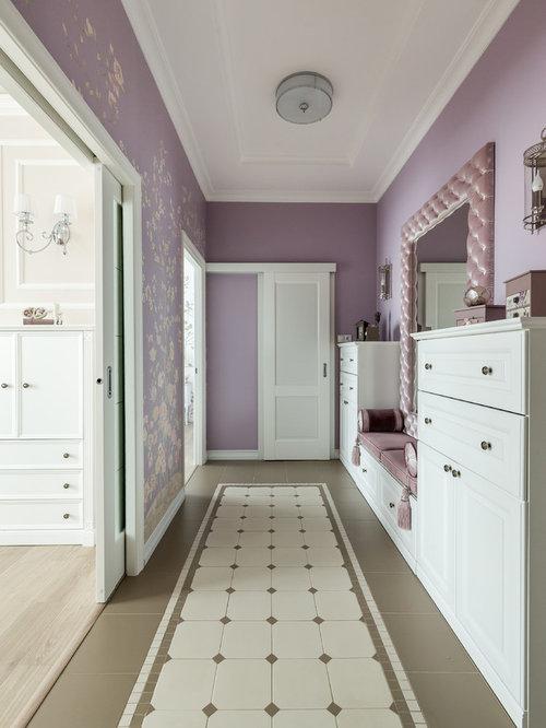 couloir avec un mur violet photos et id es d co de couloirs. Black Bedroom Furniture Sets. Home Design Ideas
