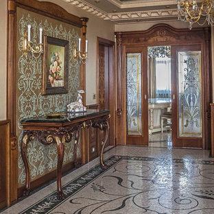 Неиссякаемый источник вдохновения для домашнего уюта: коридор в классическом стиле