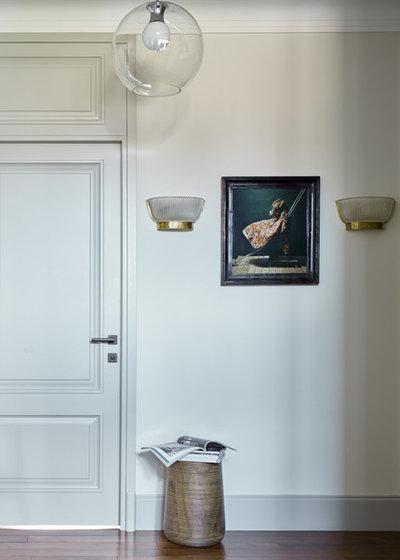 Современная классика Коридор by Room Service Interior