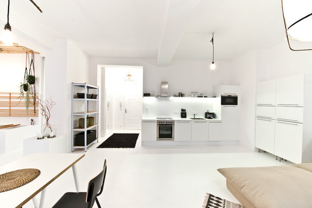 Skandinavisch Küche by freudenspiel - interior design