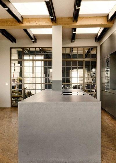 houzzbesuch wohnen wie im altbau in einem neuen dachgeschoss. Black Bedroom Furniture Sets. Home Design Ideas