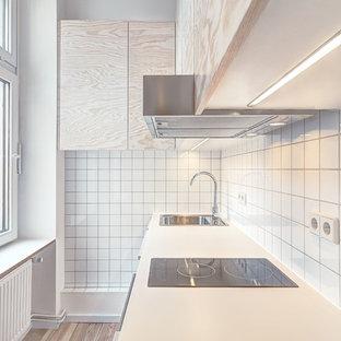 Cucina con ante in legno chiaro Berlino: Foto e Idee per ...
