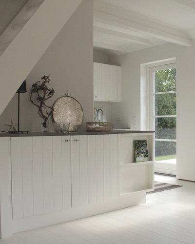 Landhausstil Küche by J. Gustafsson   Architektur