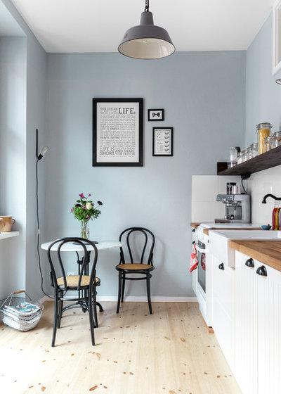 Skandinavisk Køkken by Kathy Kunz Interiors