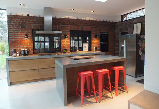 Industrial Kitchen by Harr Betondesign