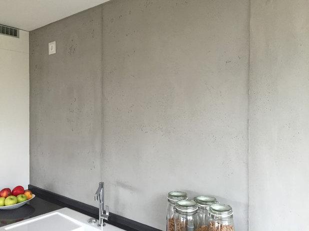 Contemporary Kitchen by VerWANDlung remmers Malerwerkstätten