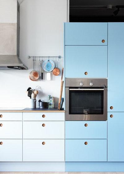 suspendez po les et casseroles pour optimiser votre cuisine. Black Bedroom Furniture Sets. Home Design Ideas