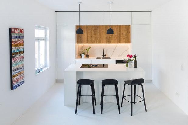 Modern Küche by Neue Räume - Die Küchen Schreiner