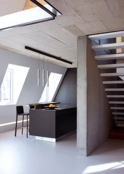 Minimalistisch Küche by Bachmann Badie Architekten