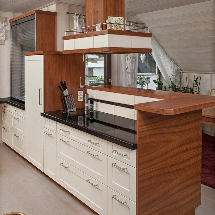 Mittelgroße Landhausstil Küche in Frankfurt am Main