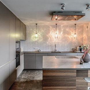 Moderne Kuchen Mit Ruckwand Aus Metrofliesen Ideen Design Bilder