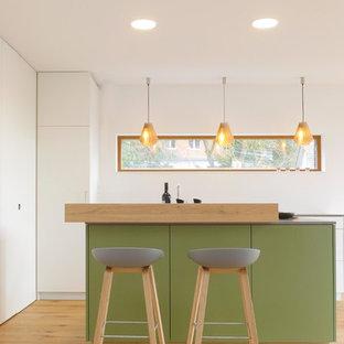 Ideas para cocinas | Fotos de cocinas con puertas de armario verdes ...