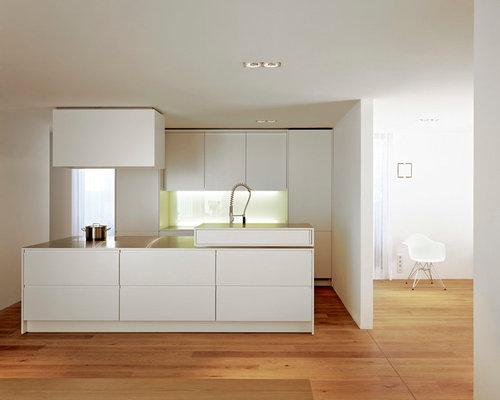 skandinavische k chen mit wei en schr nken ideen bilder houzz. Black Bedroom Furniture Sets. Home Design Ideas