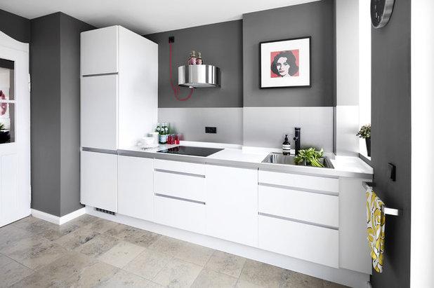Modern Küche by Designstudio Pascal Walter