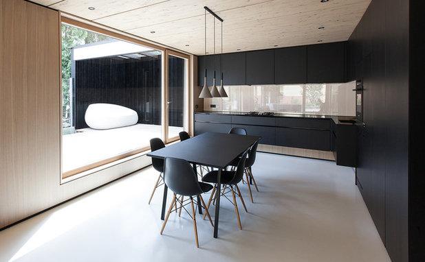 Modern Küche by Robert Maier Architekten