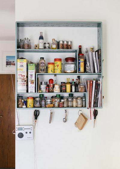 8 modi per organizzare i vasetti delle spezie in cucina - Spezie in cucina ...