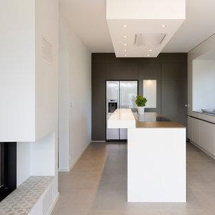 Cucina con pavimento con cementine Stoccarda - Foto e Idee per ...
