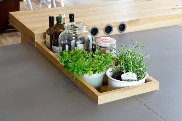 Modern Küche by Küchen stil.