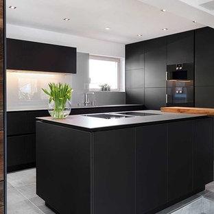 Küchen in L-Form mit Edelstahl-Arbeitsplatte Ideen, Design & Bilder ...