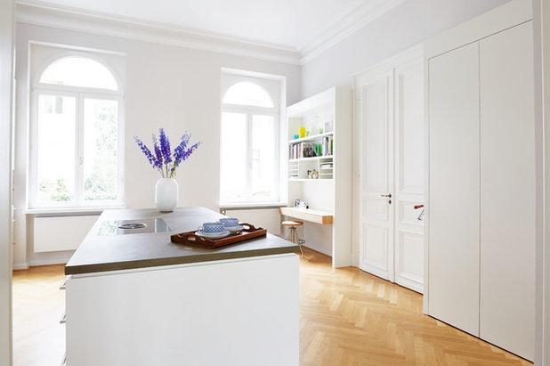 Modern Küche by Hermjo Wolf Möbelwerkstätten