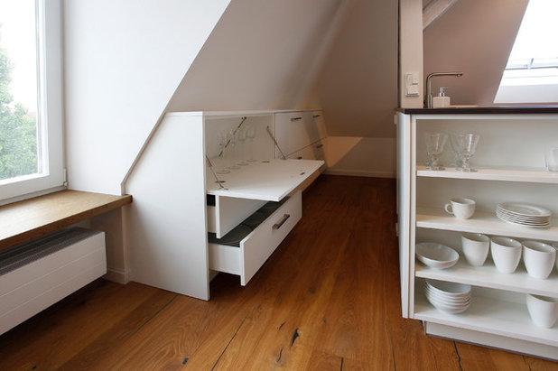 Modern Küche by Küche und Raum Pornschlegel