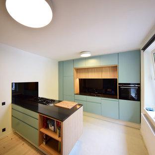 Küche in Grünblau