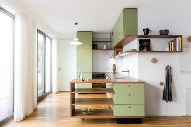 Modern Küche by fri. möbel und häuser