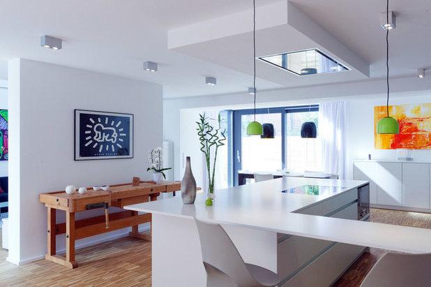 Modern Küche by kitchen art by Nosthoff-Horstmann
