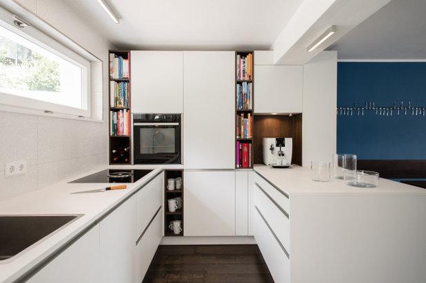 Modern Küche by Küchenhaus Basler