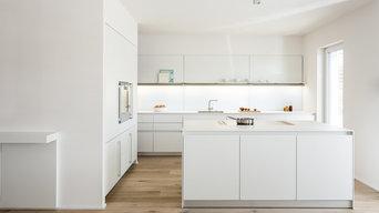 Küche und Essplatz in Privatwohnung