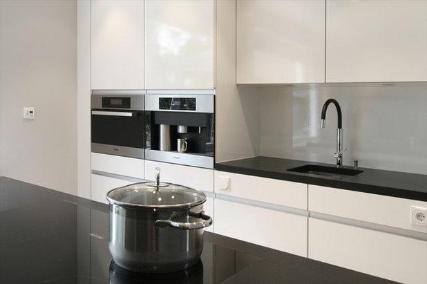 edelstahl eisen oder emaille so finden sie den richtigen kochtopf. Black Bedroom Furniture Sets. Home Design Ideas