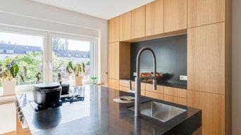 Küchenblock mit einer Arbeitsplatte aus Corian®