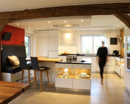 Küchen mit Glasrückwand und Granit-Arbeitsplatte Ideen, Design ...