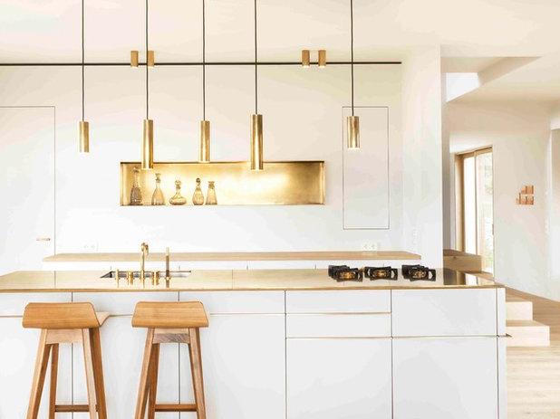 Modern Küche by SpandriWiedemann Architekten