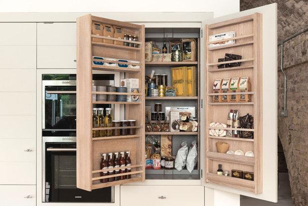Vorratsschrank: 11 Ideen, wie Sie Lebensmittel in der Küche lagern