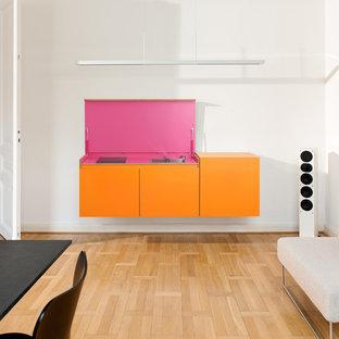 Living Kitchen in Pink/Orange