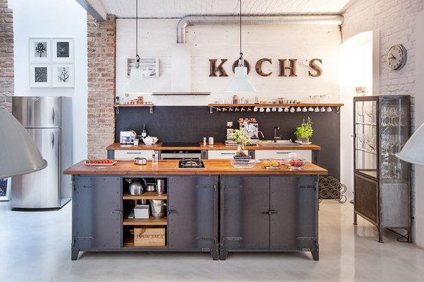 インダストリアル キッチン by Noodles Authentic Furniture GmbH