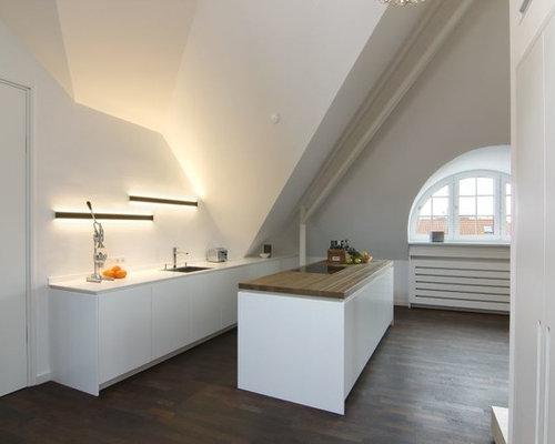 Kleine Küchen mit dunklem Holzboden Ideen, Design & Bilder | Houzz