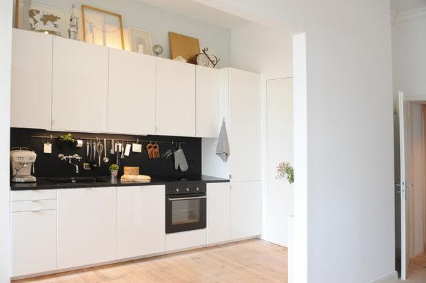 Contemporary Kitchen by JSW Studio