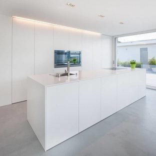 Cucina con pavimento in cemento Norimberga: Foto e Idee per ...