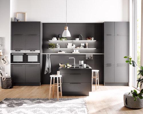 Küchen Mit Küchenrückwand In Grau Und Rückwand Aus Holz Ideen Und Design