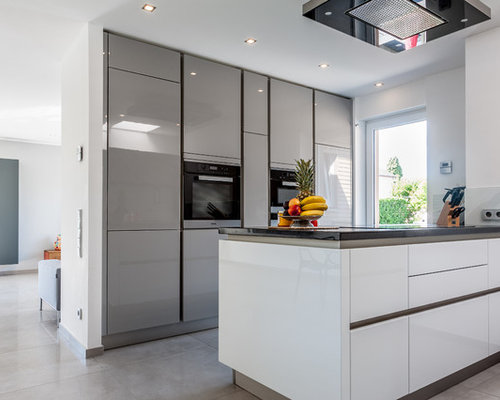 Moderne küchen mit halbinsel  Kleine Küchen mit Halbinsel Ideen, Design & Bilder | Houzz