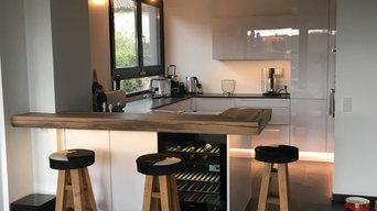 Moderne helle Küchen - Diverse