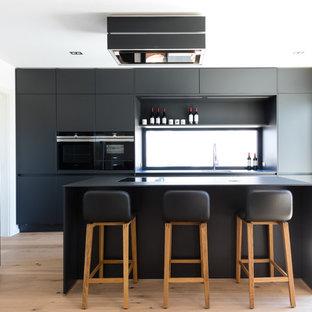 75 Most Popular Modern Kitchen With Window Backsplash Design Ideas