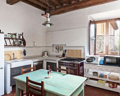 Foto e idee per cucine cucina in campagna - Cucine di campagna ...