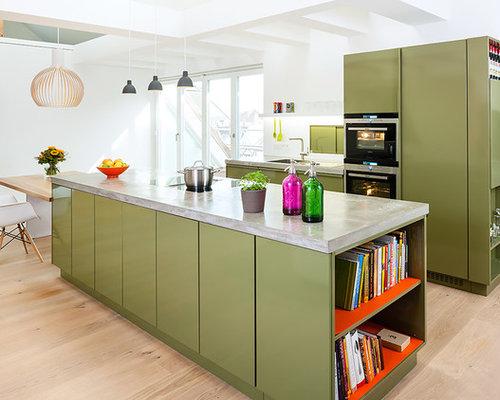 Einzeilige Küchen mit Elektrogeräten mit Frontblende - Ideen ...