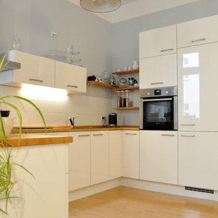 Cucina con pavimento in laminato Germania - Foto e Idee per ...