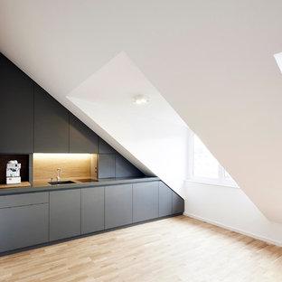 Kleine Moderne Küche in München